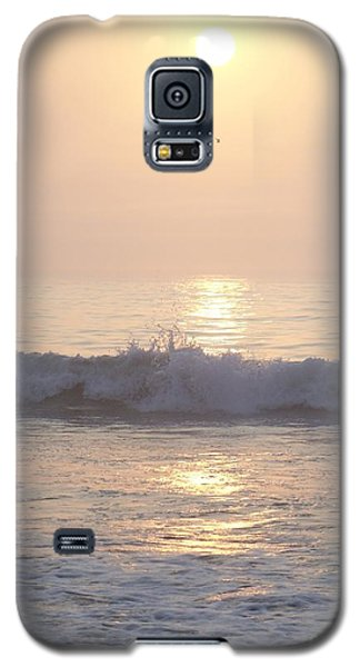Hampton Beach Wave Ends With A Splash Galaxy S5 Case