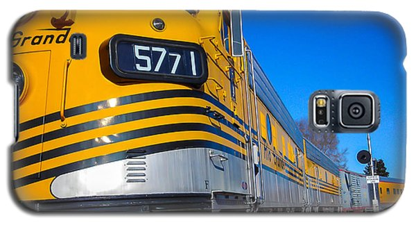 Galaxy S5 Case featuring the photograph Engine 5771 by Shannon Harrington