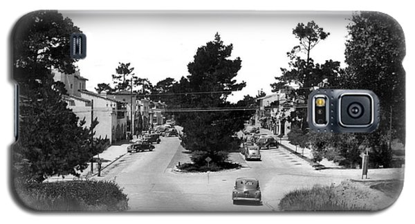 Entering Carmel By The Sea Calif. Circa 1945 Galaxy S5 Case by California Views Mr Pat Hathaway Archives