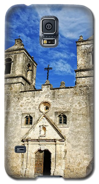 Galaxy S5 Case featuring the photograph Entrance To Mission Concepcion by Lincoln Rogers