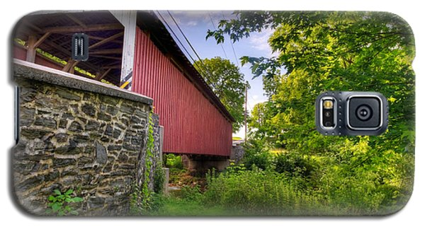 Galaxy S5 Case featuring the photograph Eshelman's Mill Covered Bridge by Jim Thompson