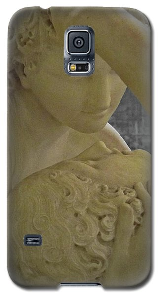 Galaxy S5 Case featuring the photograph Eternal Love - Psyche Revived By Cupid's Kiss - Louvre - Paris by Marianna Mills
