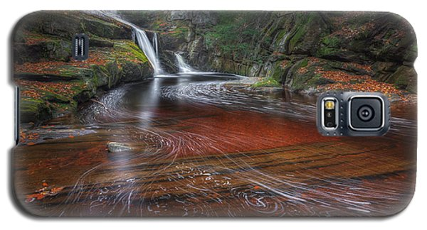 Galaxy S5 Case featuring the photograph Ethereal Autumn by Bill Wakeley