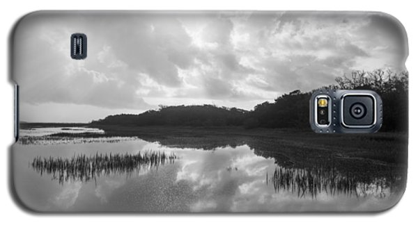 Galaxy S5 Case featuring the photograph Everglades 1 by Doug McPherson