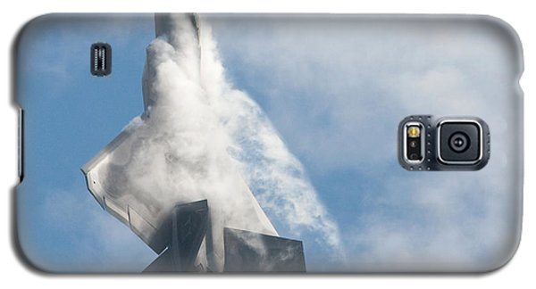 F-22 Raptor Creates Its Own Cloud Camouflage Galaxy S5 Case