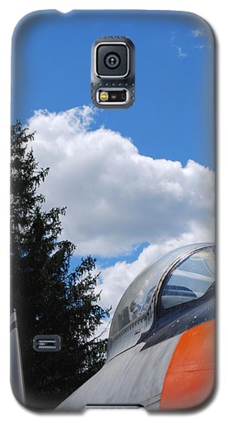 Galaxy S5 Case featuring the photograph F-860 Saber Jet Interception by Ramona Whiteaker
