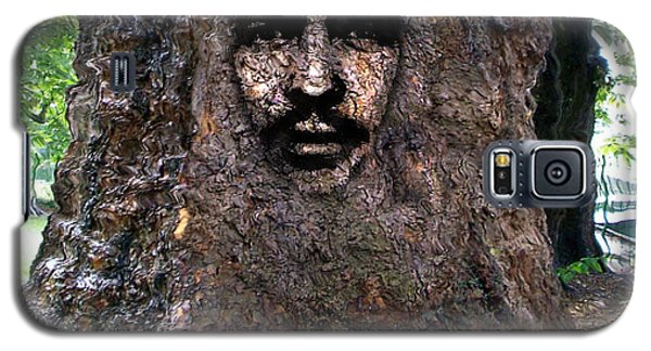 Galaxy S5 Case featuring the digital art Face In A Tree by Mary M Collins