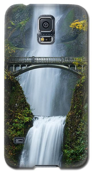 Fall At Multnomah Falls Galaxy S5 Case by Don Schwartz