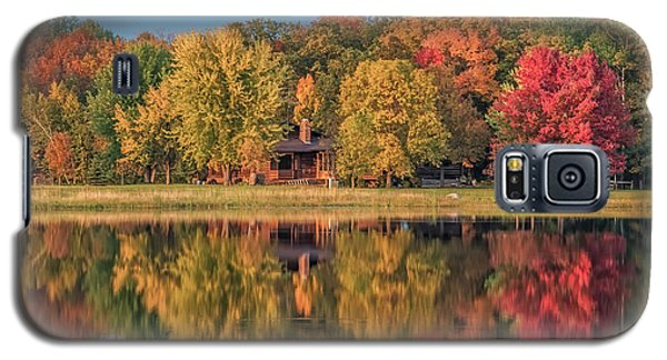 Fall Colors In Cabin Country Galaxy S5 Case by Paul Freidlund