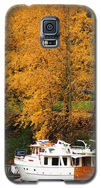 Galaxy S5 Case featuring the photograph Fall Cruise by Erin Kohlenberg