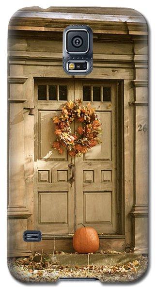 Traditional Fall Decor In New England Galaxy S5 Case by Robin Regan