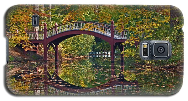 Galaxy S5 Case featuring the photograph Fall Reflections At Crim Dell by Jerry Gammon
