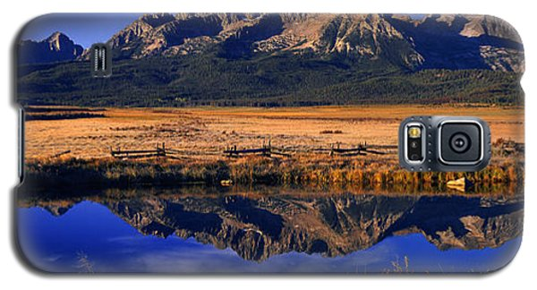 Galaxy S5 Case featuring the photograph Fall Reflections Sawtooth Mountains Idaho by Dave Welling