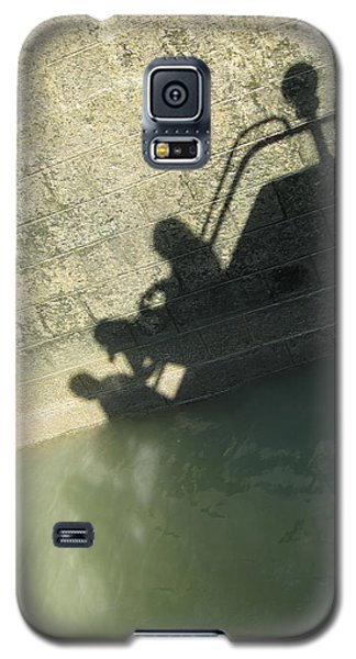 Galaxy S5 Case featuring the photograph Falling Into The Water by Menega Sabidussi