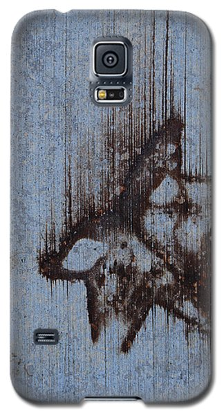 Galaxy S5 Case featuring the photograph Falling Star by Jani Freimann