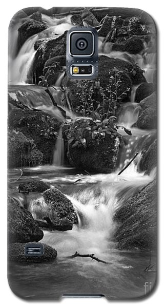 Galaxy S5 Case featuring the photograph Falls In Shenandoah by Robert Pilkington