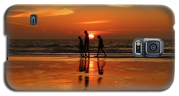 Family Reflections At Sunset - 1 Galaxy S5 Case