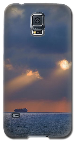 Galaxy S5 Case featuring the photograph Far Away by Meir Ezrachi