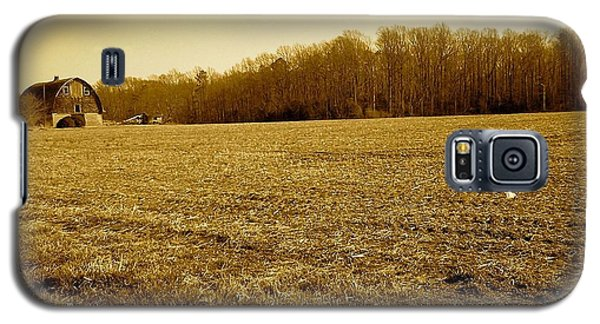 Farm Field With Old Barn In Sepia Galaxy S5 Case by Amazing Photographs AKA Christian Wilson