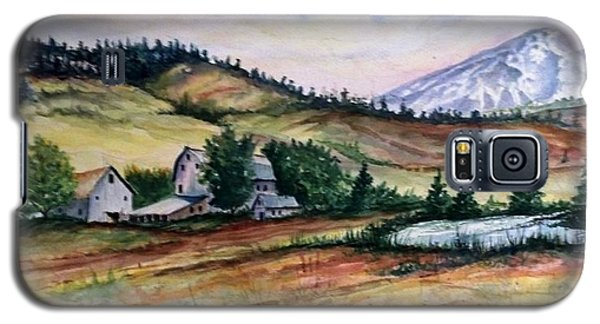 Galaxy S5 Case featuring the painting Farm In A Valley by Richard Benson