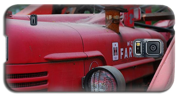 Galaxy S5 Case featuring the photograph Farmall Tractor by Ron Roberts