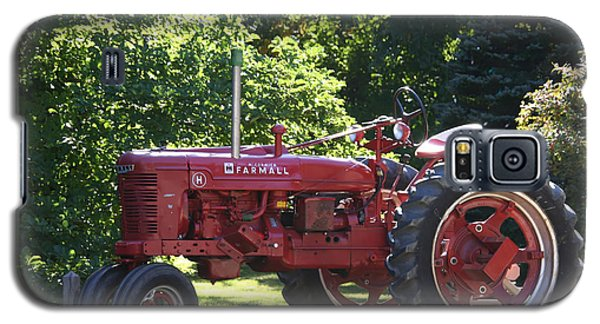 Farmall's End Of Day Galaxy S5 Case by Denyse Duhaime