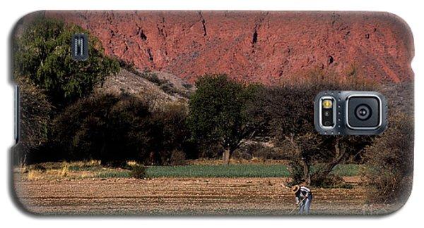 Farmer In Field In Northern Argentina Galaxy S5 Case