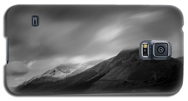 Fast Clouds Over Loch Ness Galaxy S5 Case
