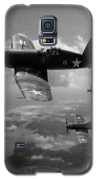 Galaxy S5 Case featuring the photograph Faux Wwii Corsair Photo by Stephen Roberson