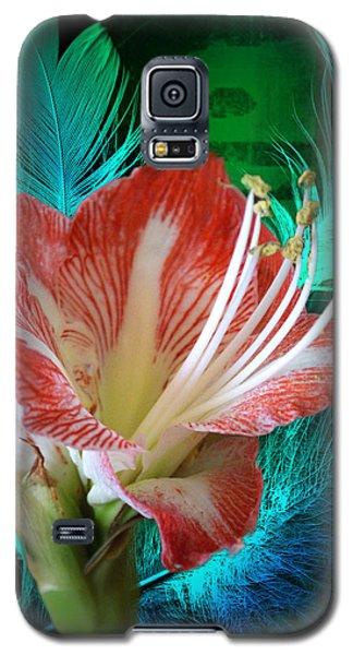 Feathered Amaryllis Galaxy S5 Case by Rick Friedle