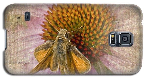 Feeding Moth Galaxy S5 Case
