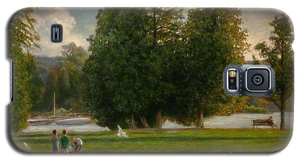 Feeding The Gulls Galaxy S5 Case by Wayne Daniels