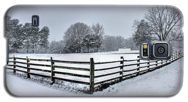 Fence In Snow Galaxy S5 Case by Andy Lawless