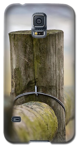 Fence Post Galaxy S5 Case by Kerri Farley