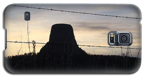 Galaxy S5 Case featuring the photograph Fencing Devil's Tower by Cathy Anderson
