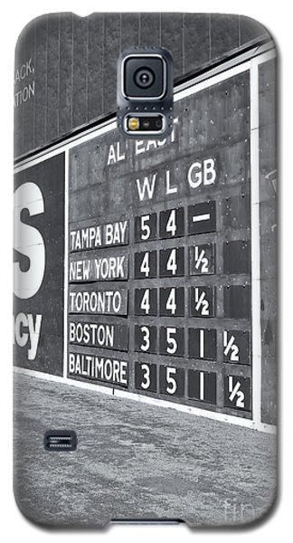 Fenway Park Green Monster Scoreboard II Galaxy S5 Case