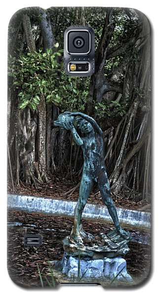 Galaxy S5 Case featuring the photograph Fetching Water by Timothy Lowry