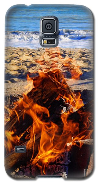 Galaxy S5 Case featuring the photograph Fire At The Beach by Mariola Bitner