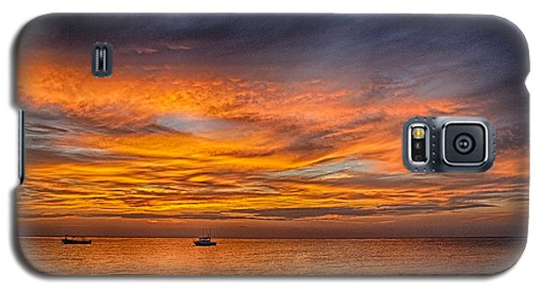 Fire In The Sky Galaxy S5 Case by Phil Abrams
