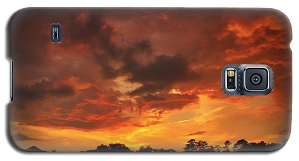 Galaxy S5 Case featuring the photograph Fire In The Sky by Phil Mancuso