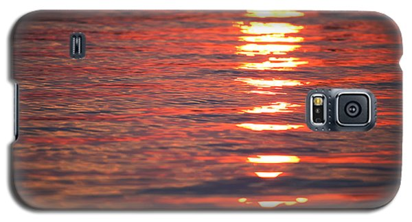 Fire On The Water Galaxy S5 Case