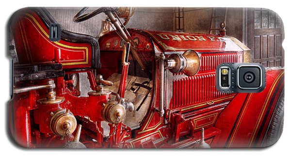 Fireman - Truck - Waiting For A Call Galaxy S5 Case by Mike Savad