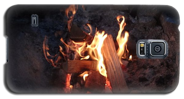 Galaxy S5 Case featuring the photograph Fireside Seat by Michael Porchik