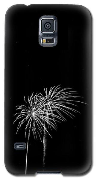 Firework Palm Trees Galaxy S5 Case by Darryl Dalton