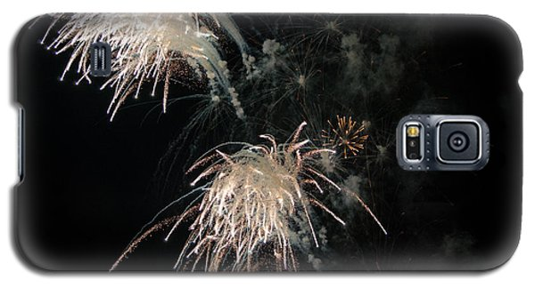 Galaxy S5 Case featuring the photograph Fireworks 3 by Susan  McMenamin