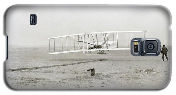 First Flight Captured On Glass Negative - 1903 Galaxy S5 Case by Daniel Hagerman