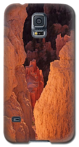 First Light On Hoodoos Galaxy S5 Case