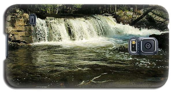 Galaxy S5 Case featuring the photograph Fishing Hole by Sherman Perry