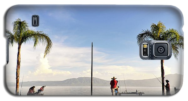 Fishing On Lake Chapala Galaxy S5 Case by David Perry Lawrence