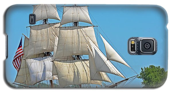 Galaxy S5 Case featuring the photograph Flagship Niagara by Rodney Campbell